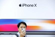 """เขย่าบัลลังก์ """"แอปเปิล"""" iPhone X ไม่แรงเท่าที่คิด ?"""