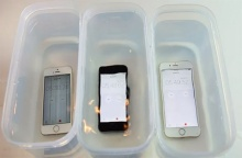 รู้ยัง ! iPhone SE กันน้ำได้ด้วยนะจ๊ะ